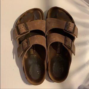 Arizona medium brown leather Birkenstock's! 🧡